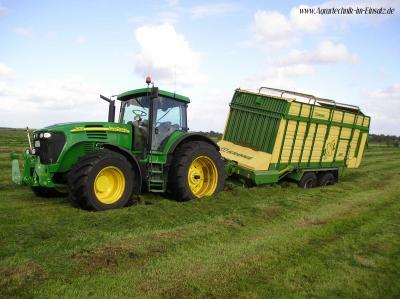 john deere 7920 les plus gros tracteurs du monde. Black Bedroom Furniture Sets. Home Design Ideas