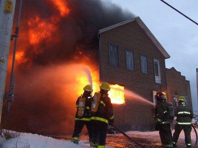 Blog de julierosa2 page 67 blog de julierosa2 for Au feu les pompiers la maison qui brule