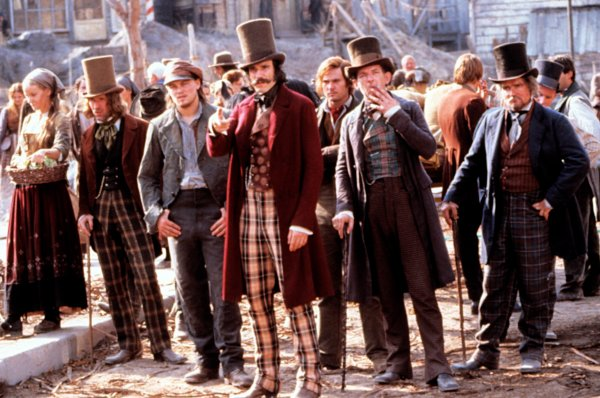 Gangs of New York final fight music - YouTube
