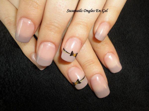 exemple de pose taupe clair blog de ongles en gel a lyon. Black Bedroom Furniture Sets. Home Design Ideas