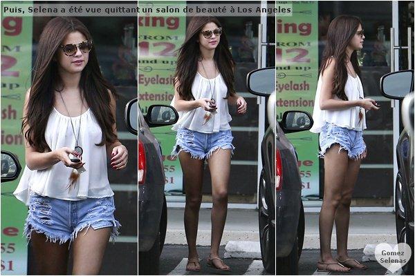 *   23.06.13 - Selena et son amie, Francie Raisa se promenant au bord d'une plage � Malibu. Plus tard, Selena a �t� vue par des paparazzis quittant le salon de beaut�, Velvet Hands � Los Angeles.  Top! : ) *