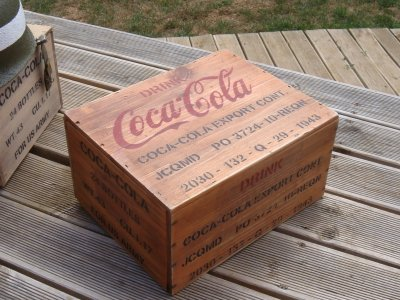nouvelle caisse de coca cola philbabs. Black Bedroom Furniture Sets. Home Design Ideas