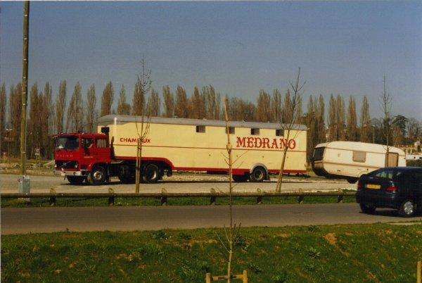 Le 13 mars 2000 tandis que les premiers convois du cirque for Parc des expositions niort