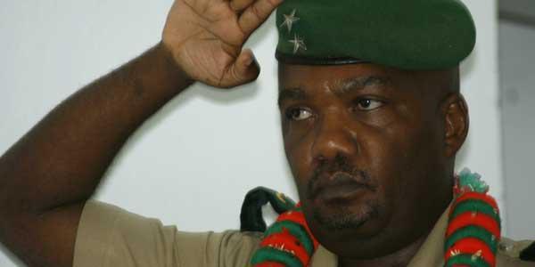 Le général Salim pense se présenter candidat  aux élections présidentielles de 2016.