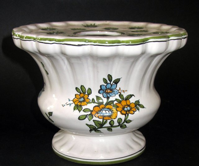 bouqueti re pique fleurs en faience de moustiers jallier vase ebay. Black Bedroom Furniture Sets. Home Design Ideas