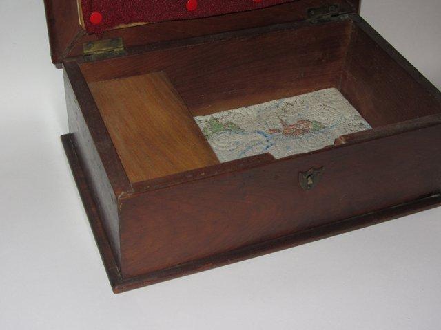 Ancienne boite a couture porte aiguilles pingle en bois for Boite couture bois ancienne