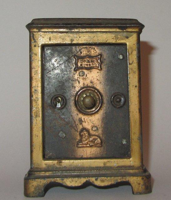 Ancienne tirelire en tole coffre fort banque antique bank money box ebay - Tirelire coffre fort ...