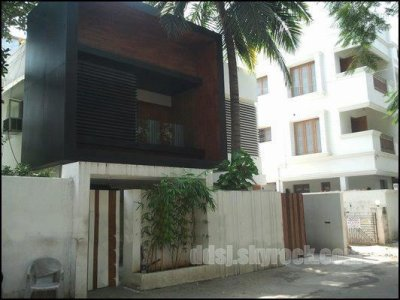 Surya's House @ Tnagar in which he lives with Jo n kids nw!