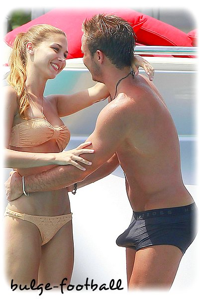 Mario Gotze Bulge erection