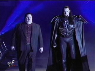 Un grand retour de Undertaker et Paul Bearer!!!!