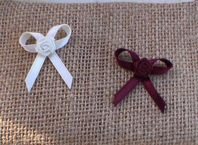 petits noeuds pour les invites mariage de nous 5 juillet 2008. Black Bedroom Furniture Sets. Home Design Ideas