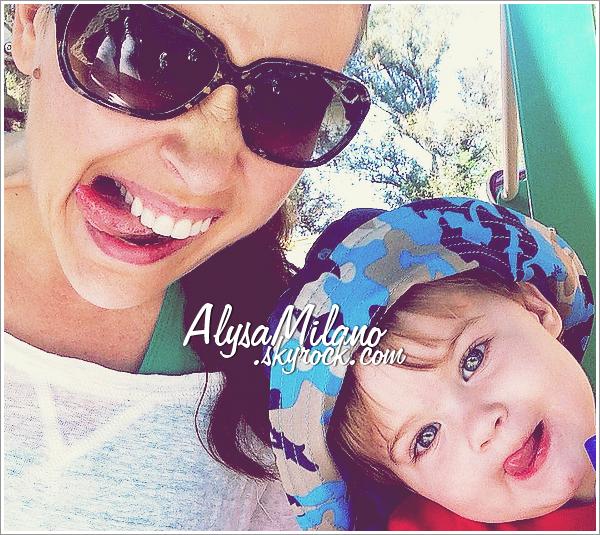 . Alyssa a post�e une nouvelle photo d'elle et de Milo : � Funny Faces ! �.ommmmmmgggg, ils sont tellment beaux tout les deux! Les yeux de Milo, c'est une vrai merveille ! *-*
