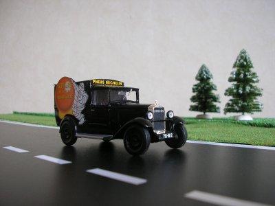 citroen c4 1930 pub michelin mes camions 1 43 eme. Black Bedroom Furniture Sets. Home Design Ideas