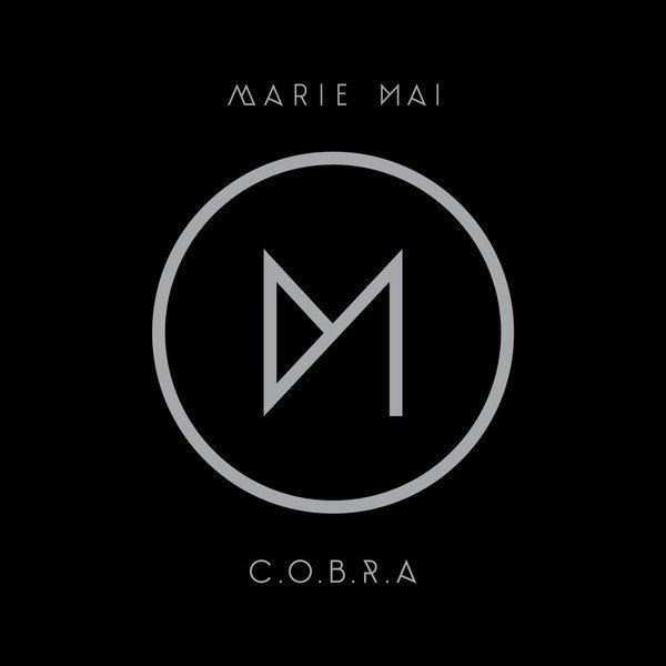 Miroir marie mai c o b r a 2012 every music for Marie mai album miroir