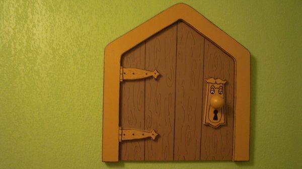 decor de alice au pays des merveilles pour chambre d. Black Bedroom Furniture Sets. Home Design Ideas