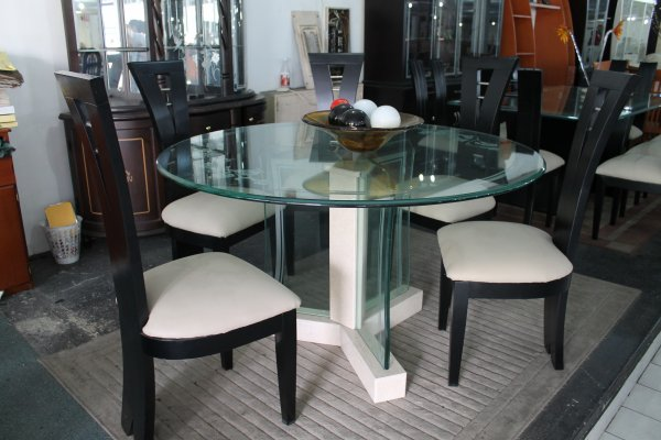 Articles de megaespaciomuebles tagg s mesa comedor for Mesas de comedor redondas de cristal