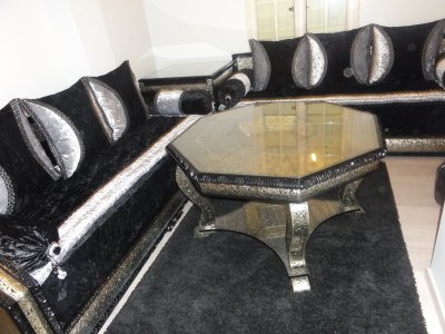Salon Marocain Noir Et Blanc 590x442 Jpg Pictures to pin on Pinterest
