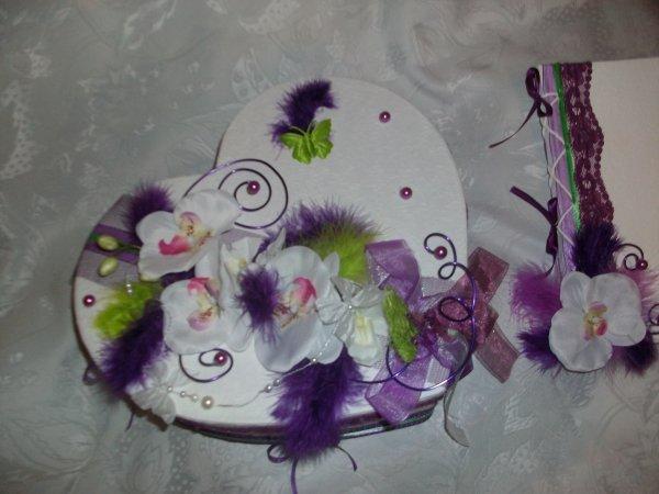 urne mariage blanc violet et vert anis la copie n 39 est pas un art l 39 imitation. Black Bedroom Furniture Sets. Home Design Ideas