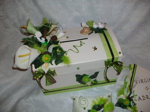 urne mariage ivoire vert anis la copie n 39 est pas un art l 39 imitation. Black Bedroom Furniture Sets. Home Design Ideas