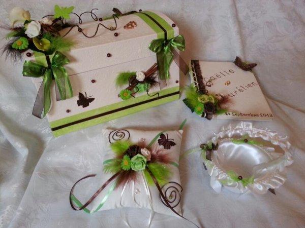 Urne de mariage ivoire vert anis marron la copie n 39 est pas un art l 39 imitation - Chambre vert anis et marron ...