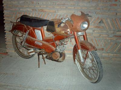motobecane sp 50 motos cyclos cyclos sports moteurs. Black Bedroom Furniture Sets. Home Design Ideas