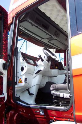 Blog de scania vabis la passion du camion for Interieur camion scania