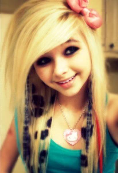 Coiffure Emo Girl Butiful Eyes Hair Emo Punk
