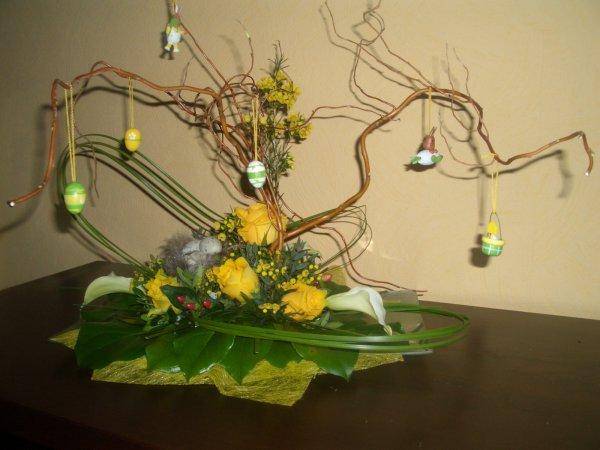 arbre de p ques art floral petales magiques. Black Bedroom Furniture Sets. Home Design Ideas