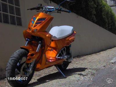 scooter mbk stunt blida moto 2009. Black Bedroom Furniture Sets. Home Design Ideas