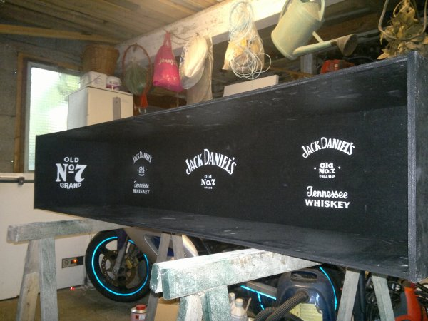 meuble tag re jack daniel 39 s biloute vs repta by ForMeuble Jack Daniels