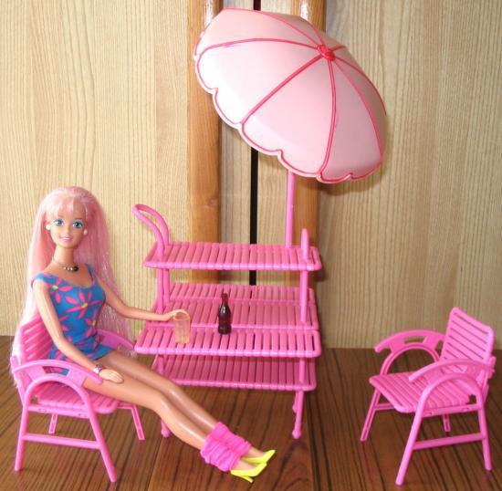 maison de r ve barbie meuble de la terrasse a vendre. Black Bedroom Furniture Sets. Home Design Ideas