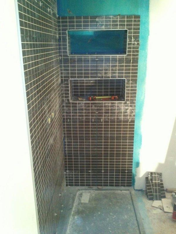 Jeudi 15 novembre joint carrelage cellier suite - Joints carrelage salle de bain ...