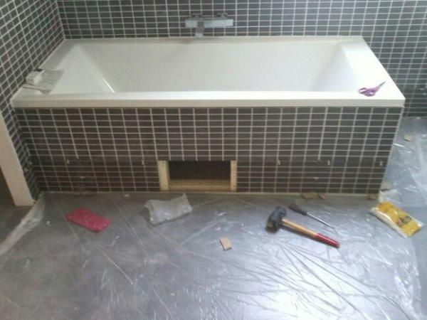 Samedi 9 fevrier wc rdc ok carrelage salle de bain ok suite cuisine peinture rampant for Peindre des carreaux de salle de bain