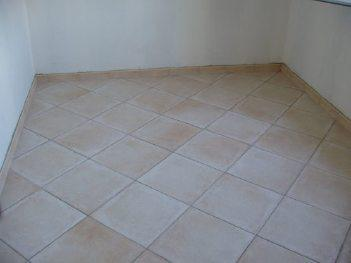 Blog de carreleur13 le carrelage mon metier for Pose carrelage sol diagonale
