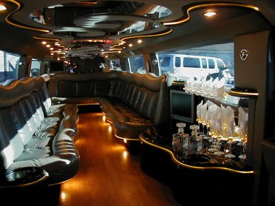 L 39 interieur d 39 un hummer limousine blog de monster xm3 for Interieur hummer