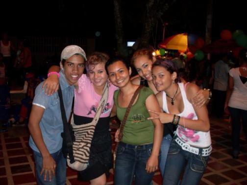 4 amigos en fiesta follan - bare18com -