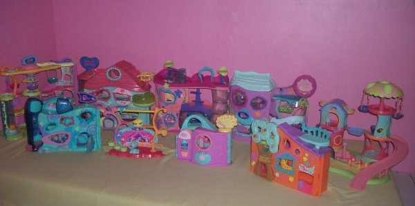 maisons littlest pet shop des trucs vendre. Black Bedroom Furniture Sets. Home Design Ideas