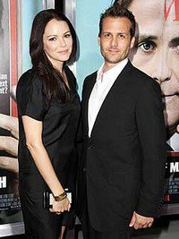 jacinda barrett and gabriel macht  Jacinda Barrett & G...