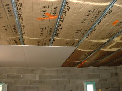 Pose du placo pour le plafond construction de notre maison - Installer du placo au plafond ...