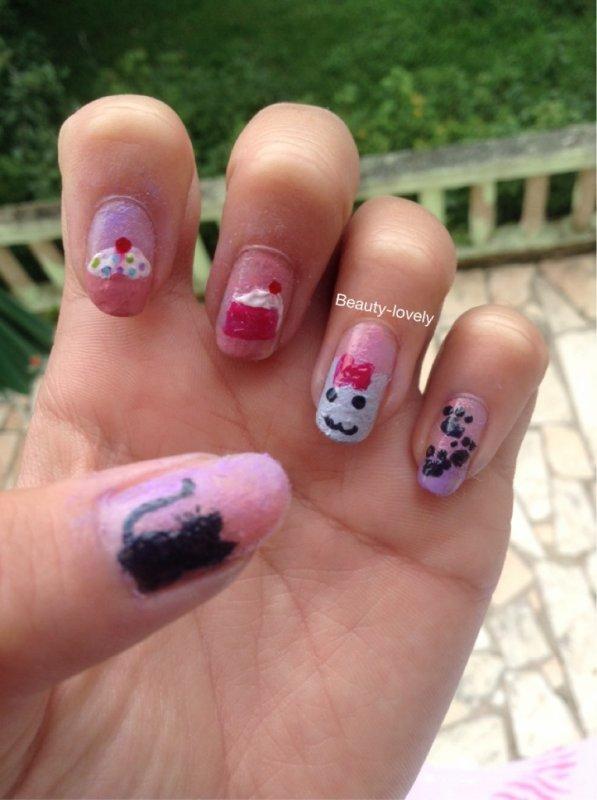 Nail art gato g teau chat et g teau - Nail art chat ...