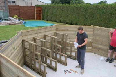Blog de indy101 page 5 construction d 39 une piscine wood for Construction piscine inox