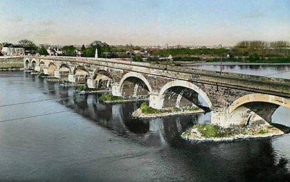 le pont dumnacus 1970 les ponts de c d 39 hier aujourd 39 hui. Black Bedroom Furniture Sets. Home Design Ideas