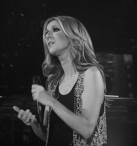 C�line Dion : Sa nouvelle chanson, une d�claration d'amour � son p�re (Vid�o)