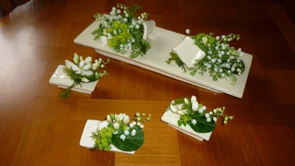 D co de table sihanemone - Centre de table floral moderne ...