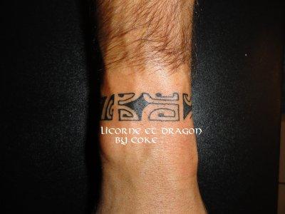 tatouage personnalis bracelet maori tattoo tatouage et piercing le body art est. Black Bedroom Furniture Sets. Home Design Ideas
