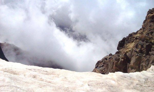 """Suite...ASCM,cyclotourisme n�1au Maroc.la sortie : l'ascension vers le sommet du Jebel Toubkal,Alt4167m """"Haut-Atlas Maroc"""".+ les cascades OUZOUD + Barrage Bin el-ouidane.du 16 au 19 Mai 2014."""