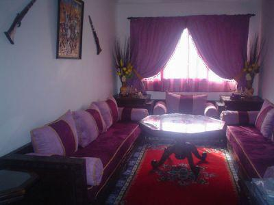 petit salon marocain bm meilleure ville. Black Bedroom Furniture Sets. Home Design Ideas