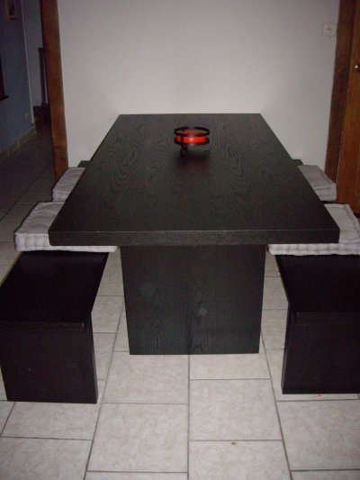 table et bancs ikea blog de lepetitmondedenazetval. Black Bedroom Furniture Sets. Home Design Ideas
