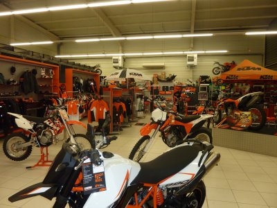 la concession ktm center montpellier team on off racing n 52. Black Bedroom Furniture Sets. Home Design Ideas