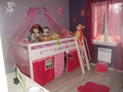 ma nouvelle chambre de princesse notre petite princesse. Black Bedroom Furniture Sets. Home Design Ideas